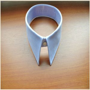 Pointed Spread Collar